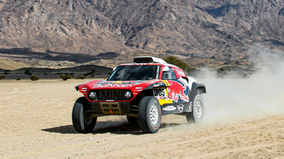 Carlos Sainz durante una etapa del Dakar 2020. (Foto: Europa Press)