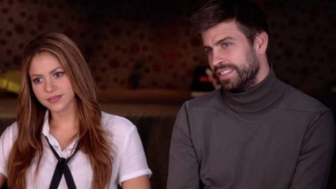 Piqué y Shakira durante la entrevista. (60 minutes)