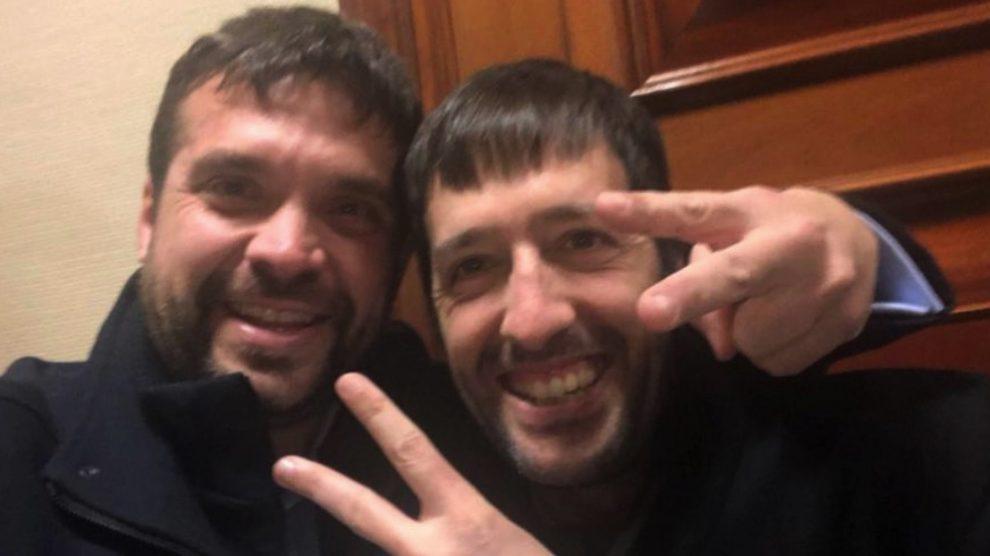 Jesús Santos, teniente alcalde de Alcorcón, y Juanma del Olmo, dircom de Podemos.