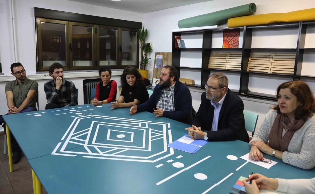 Los concejales de Ahora Madrid Guillermo Zapata y Javier Barbero presentando los espacios en 2018. (Foto. Madrid)