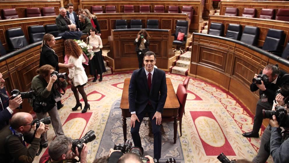 Pedro Sánchez tras ser investido presidente del Gobierno. Foto EP