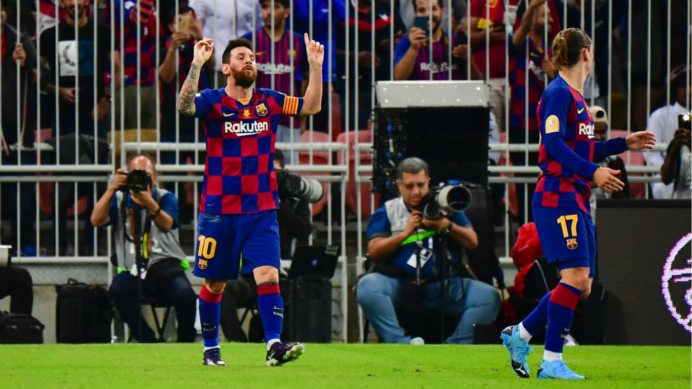 Leo Messi celebra su gol ante el Atlético en la Supercopa de España. (AFP)