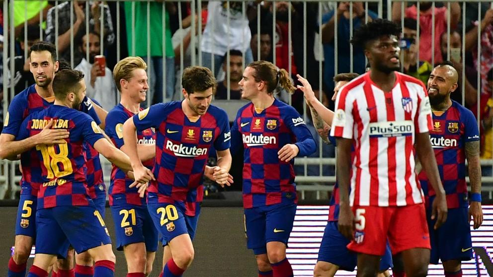 Antoine Griezmann celebra su gol en el Barcelona – Atlético de Madrid de la Supercopa de España. (AFP)