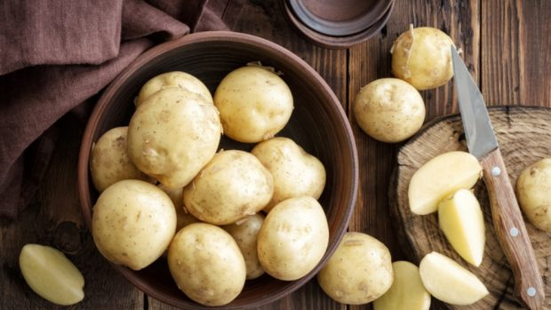Receta de tortilla de patata y cebolla al microondas