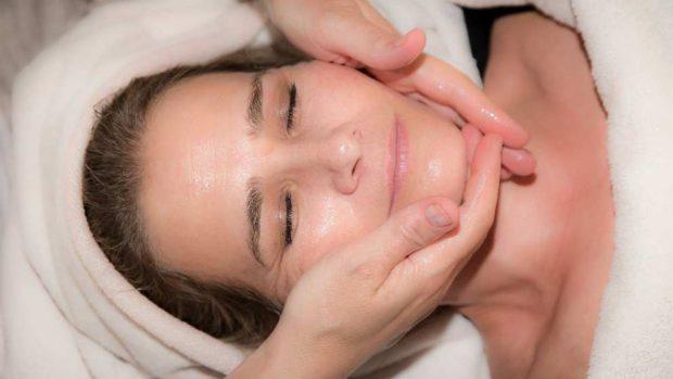 ¿Cómo tratar pieles grasas en invierno?