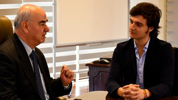 El ministro de Economía, José Luis Parada, durante la entrevista con OKDIARIO.