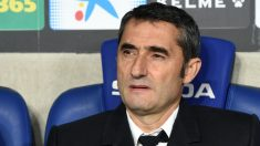 Ernesto Valverde, en el banquillo de Cornellá. (Getty)