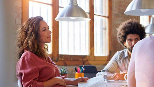 Trabajar hasta el noveno mes de embarazo: «pros» y «contras»
