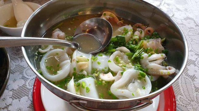 Sopa aromática de sepia