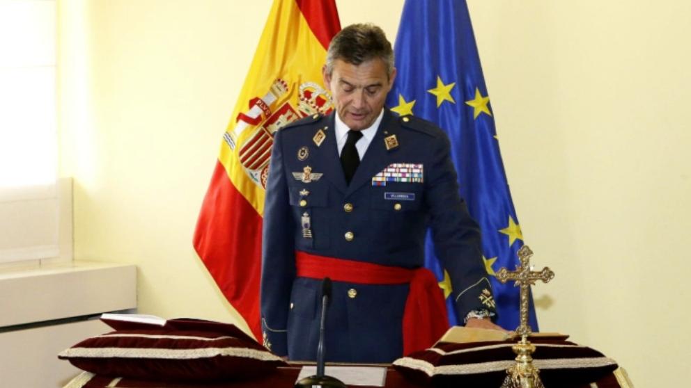 El general Villarroya, en la toma de posesión como JEMAD.