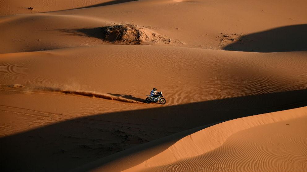 El chileno Pablo Quintanilla en una etapa del Dakar. (AFP)