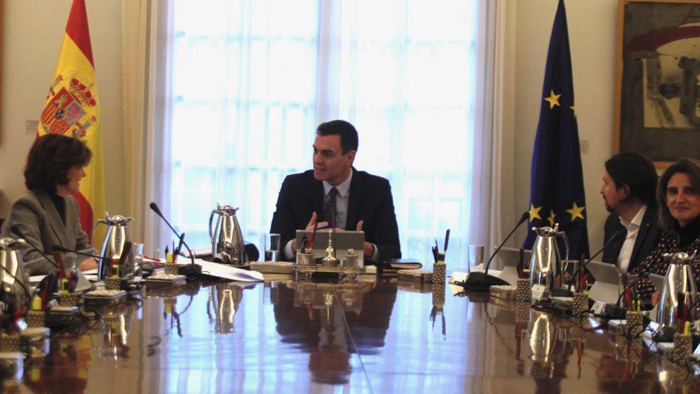 Pedro Sánchez presidiendo su consejo de Ministros. (Foto: Francisco Toledo)