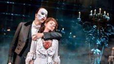 El 26 de enero de 1988 se estrena en Broadway El Fantasma de la ópera