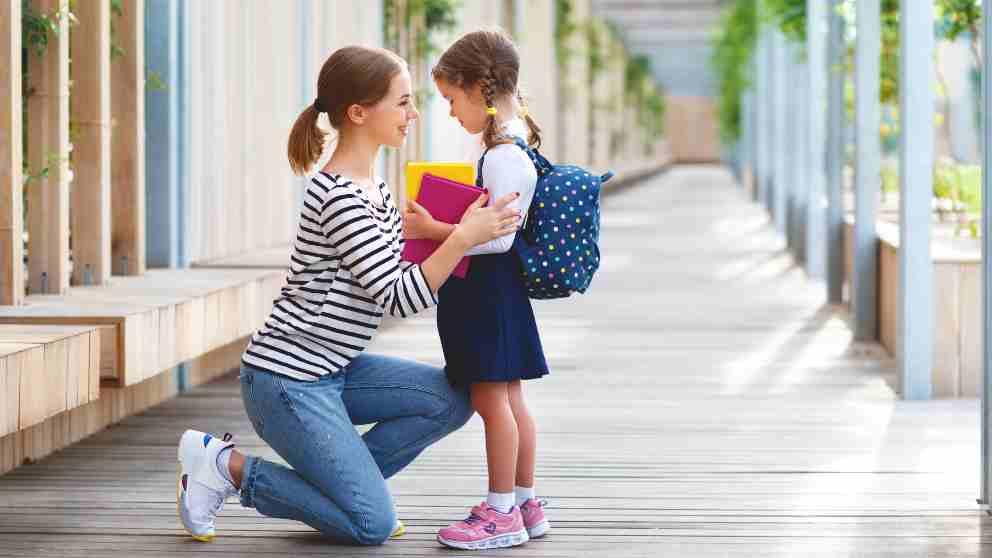 Ayudar a hijo a cambiar de colegio