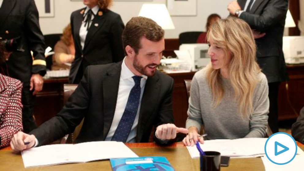 El presidente del PP, Pablo Casado con la portavoz en el Congreso, Cayetana Álvarez de Toledo. Foto: EP