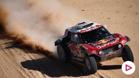 Carlos Sainz, durante el Dakar 2020 (AFP)