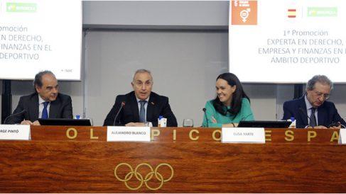 Alejandro Blanco presentó las jornadas en el COE.
