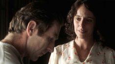 Antonio de la Torre y Belén Cuesta protagonizan 'La trinchera infinita', una de las películas nominadas a los Premios Goya 2020.