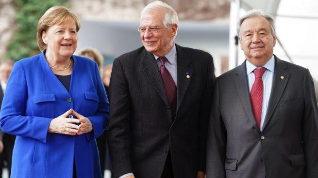 Angela Merkel, Josep Borrell y Antonio Guterrez, este domingo en Berlin en la cumbre por la paz en Libia. (Foto. EP)