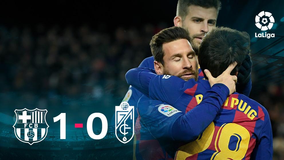 Los jugadores del Barça celebran el gol de Messi.