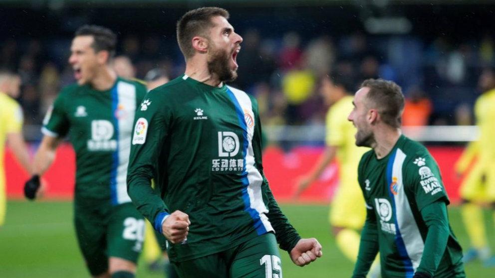 David López celebra su gol al Villarreal. (EFE)