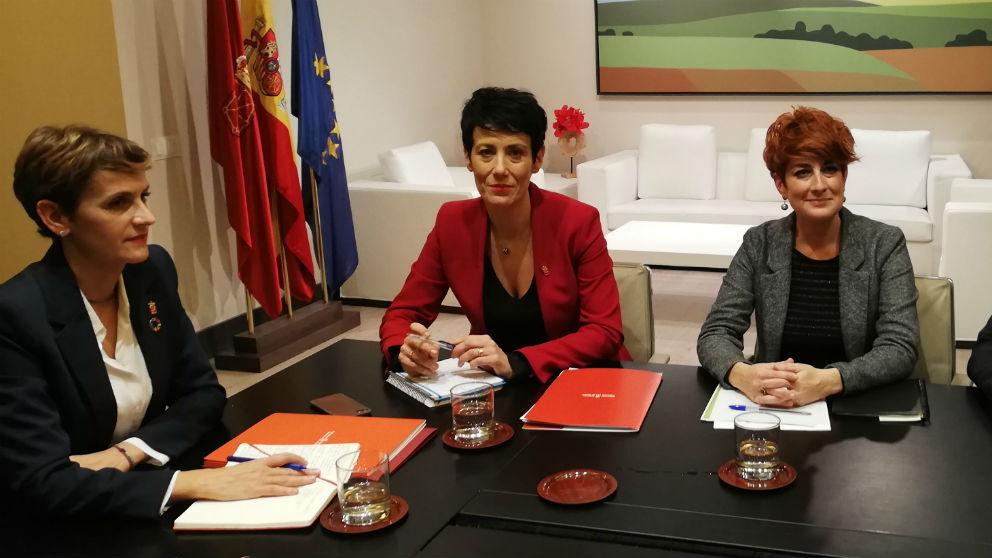 La presidenta de Navarra, María Chivite, se reúne con diputados de Bildu