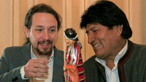 Pablo Iglesias junto a Evo Morales.