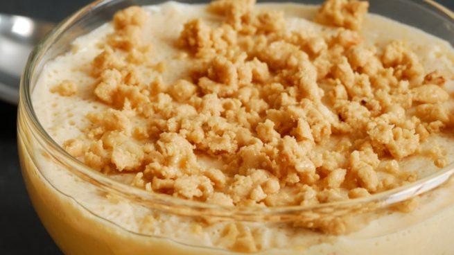 Vasitos de crema de turrón y caramelo