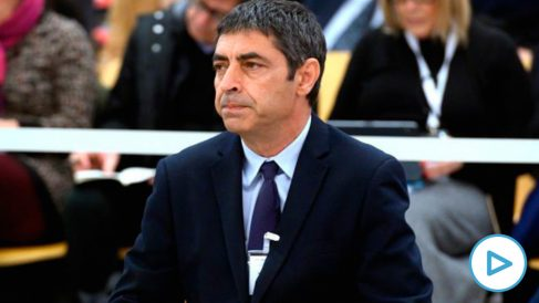 El ex mayor de los Mossos d'Esquadra, José Luis Trapero, durante la primera jornada del juicio en el que se le acusa de rebelión, por los hechos ocurridos durante el 1-O, en la Audiencia Nacional. (Foto: Europa Press)