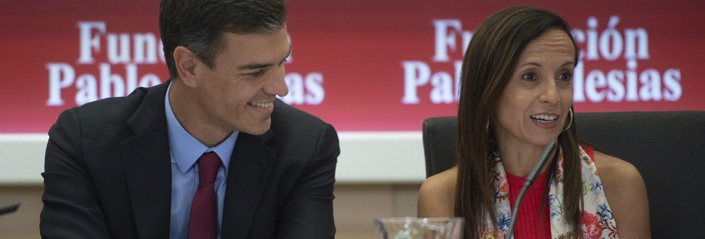 Pedro Sánchez y Beatriz Corredor, presidenta de la Fundación Pablo Iglesias.