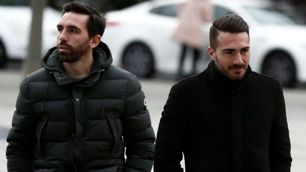 Dos de los tres jugadores acusados, Antonio Amaya y Xavi Torres. (Efe)