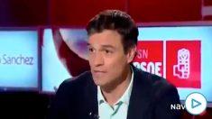 Pedro Sánchez durante su entrevista en Navarra TV en la que prometió no pactar con Bildu.