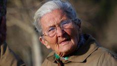 Benedicta Sánchez, a sus 84 años, está nominada a mejor actriz revelación en los Premios Goya 2020 por su interpretación en 'Lo que arde'. Foto: EFE