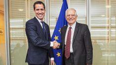 Juan Guaidó junto a Josep Borrell. Foto Europapress