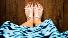 Las uñas de los pies deben lucir siempre cuadradas y en corte recto