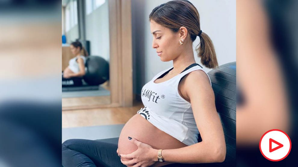 Hiba Abouk se prepara físicamente para dar a luz