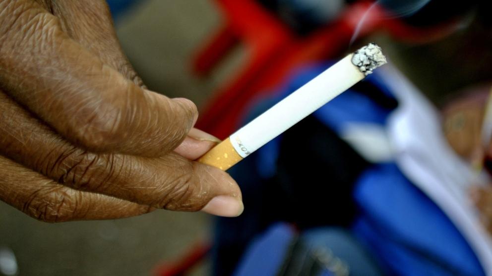 ¿En qué consiste la melanosis del fumador?