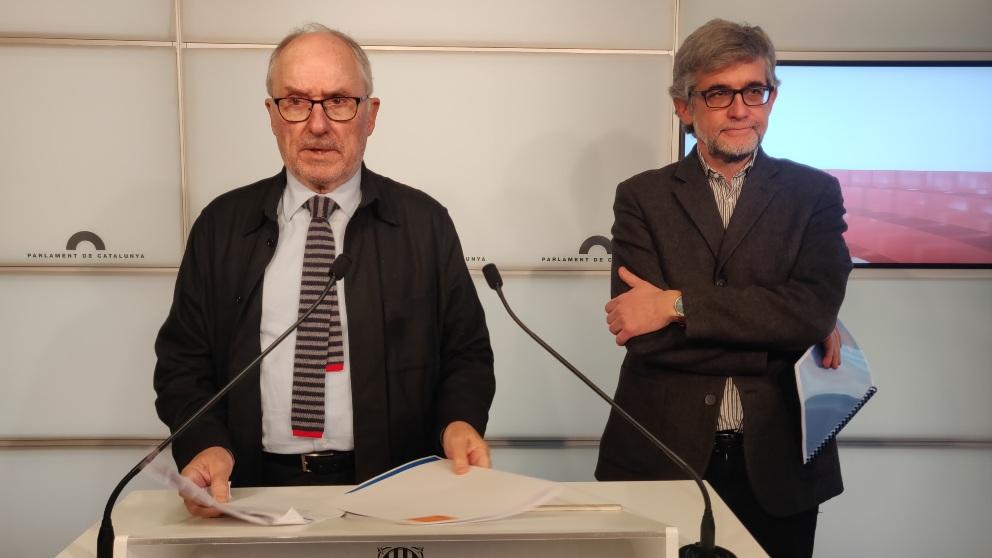 El síndic de Greuges, Rafael Ribó, y su adjunto general, Jaume Saura. Foto: EP