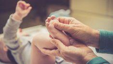 Descubre cuáles son los beneficios del masaje neonatal