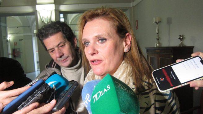 La delegada del Gobierno en Extremadura se autocrea una plaza de funcionaria en el organismo que dirige