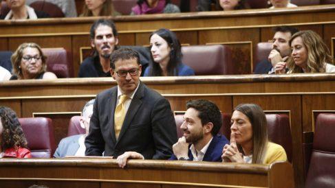 El abogado de Puigdemont Jaime Alonso-Cuevillas en su escaño como diputado de JxCat. (EP)