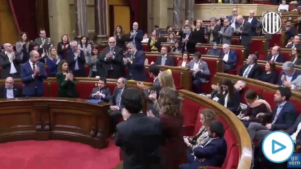 Los diputados de ERC no aplauden a Torra en su primera intervención tras la inhabilitación