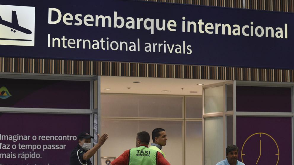Medidas en aeropuertos por el coronavirus (Foto: EP)