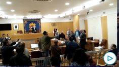 Bronca entre el portavoz de Vox y el diputado musulmán en Ceuta: «¡Ten huevos y sal a la calle!».