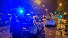 Dispositivo de la Policía Local de Sevilla para la detención de un hombre acusado de violar a una mujer en su domicilio. Foto: EP