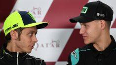 Valentino Rossi y Quartararo, en una rueda de prensa. (Getty)
