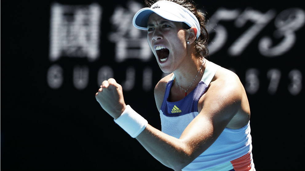 Garbiñe Muguruza celebra su victoria ante Pavlyuchenkova en Australia. (Getty)