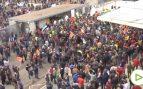 Miles de agricultores provocan graves disturbios en Don Benito frente a Feval