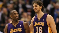 Gasol y Bryant, en un partido de la NBA. (Getty)
