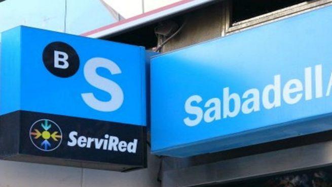 La fusión con BBVA iba a despedir a 6.000 empleados, y ahora Sabadell planea nuevas bajas en solitario